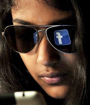 La xarxa social disfressa la discriminació? Entrevista de David Dueñas al Punt Avui